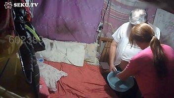 Chơi cave lớn tuổi - Full clip : http://megaurl.in/kPec