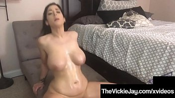 Super Mega PAWG Vickie Jay Gets A Cummy Cock After Shower!