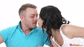 18videoz - Virgin Kris the Foxx 1st anal orgasm on cam