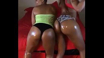 Ts Juicy Booty Starring In Sexy Black Tranny 3Way(Twitter: @mshoneyrosexxx)