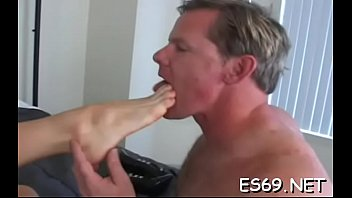 Face humiliation free porn - Sexy sweethearts need facesitting action to get gratified