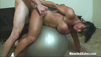 Free videos of nude muscular women Guy fucks female body builder