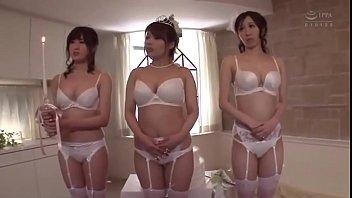 Japanese Mom Wedding Gameshow - LinkFull: