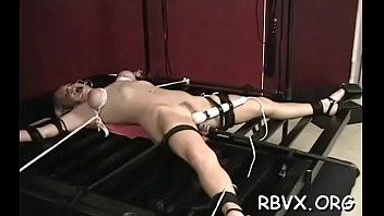 Mesmerizing girl who likes her vibrator