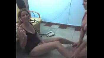 watch later span class icon f icf clock button div thumb under p a href video5185851 cubanas en la habana datos