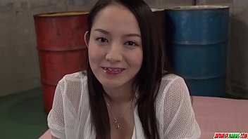 Cutie sucks it good before letting it smash into her cunt - More at Japanesemamas com