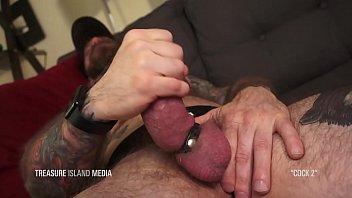 Daddy gay hung - Daddy jerks his fat schlong