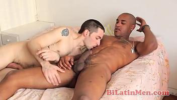Gay and bi men Nude latino men latin cock