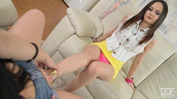 Foot fetish tgp tube Anina silk and taylor sands lesbian foot fetish action