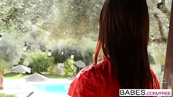 Babes - Veronica Heart - Longing for More