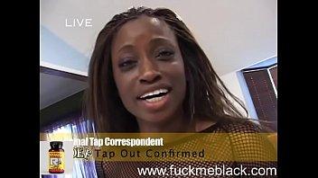 Petite Monique cums hard on bbc