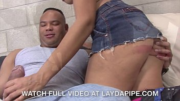 Ground and pound ass hammer - Alicia tease sledge hammer - laydapipe.com