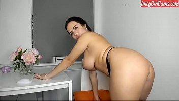 Beautiful hot girl naked on cam - www.JuicyGirlCams.com