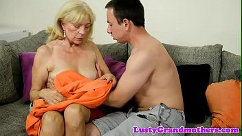 Foreplay loving grandma rides younger cock