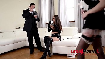 Domina Kendra Star penetrates Chessie Kay with giant strap-on in threesome GP600