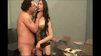 Shemale Amanda Jay Hot Sucks Big Cock Anal