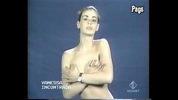 Vanessa Incontrada provino nuda