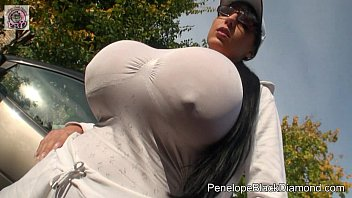 Woman squashes beer cans with breast - Penelope black diamond - jogging sport with huge boobs