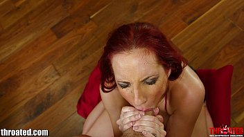 Throated Kelly Divine in FACEFUCK ME