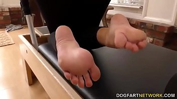 Foot Fetish and Anal sex with Kate England - http://www.kik.sex