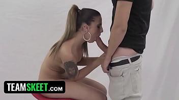 wapka ◦ Hot Latina Model Fucks Photographer thumbnail