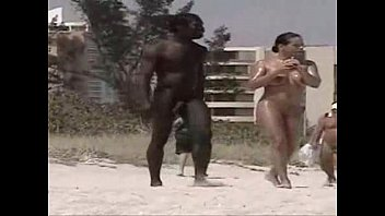 Bbw nudist beaches - Negro en playa nudista