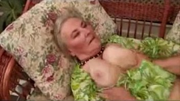 551484783fa13ancient granny loves sex poolside preview image
