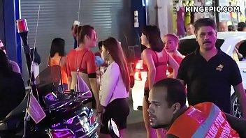 Pattaya Street Hookers and Thai Girls! 1 h 32 min