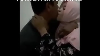 PACARKU JILBAB TAPI SANGEAN | Full Video :  https://semawur.com/xrpBRb4g