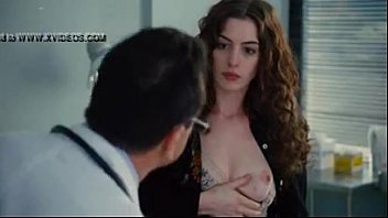 Anne hathaway nude wallpapers - Anne hathaway show breast