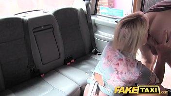Fake Taxi John gets a good taxi arse rimming Vorschaubild