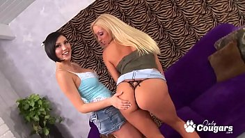 Milf eating young pussy - Cassie young and mindy main pleasure each others pussies