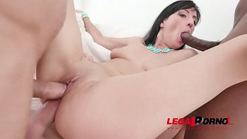 Cherry Vine assfucked 3on1 with double penetration SZ2014