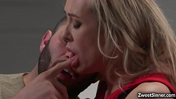 Gorgeous MILF Brandi Love dated her hot and handsome office mate Damon Dice. Ass soon as they reached home she started an awesome sex.