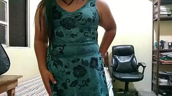 Divirti&eacute_ndome a solas en casa pt1 transexual mexicana