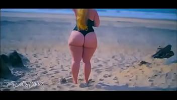 Fat booty model