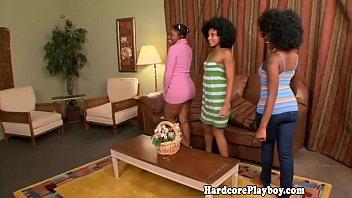 Ebony babes flash their ass in group fun 6 min
