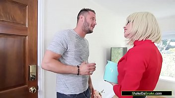 Busty milf pussy licked by the gardener