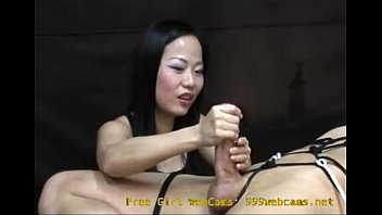 Girls giving guys hand jobs Asian girl gives an intense hand job you will never forget - 999webcams.net