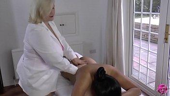LACEYSTARR - Lesbian Massage with Amyka Lee
