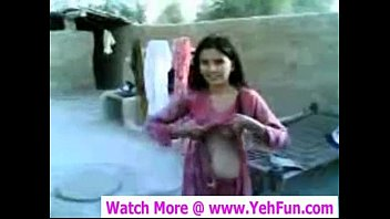 young indian girl showing boobs and pussy