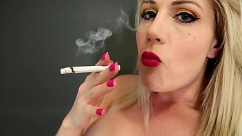 Sexy cigarette smoker Preview blonde big tits smoking menthols jessie lee pierce