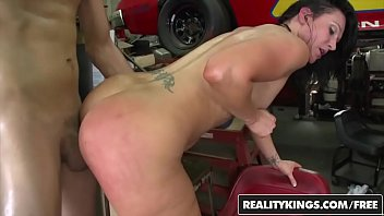 RealityKings - Monster Curves - (Alexis Malone, Bill Bailey Bobbi, Starr Xander) - Racey Curves Vorschaubild