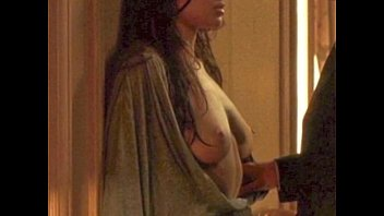 Angelina Jolie, Michelle Williams, Sarah Silverman Disrobed: http://ow.ly/SqHsN