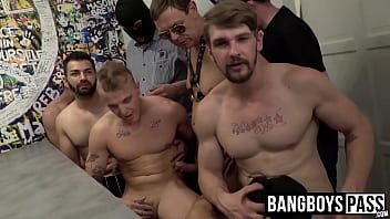 Handsome naked gay men Handsome hunky gays suck cock and fuck in hardcore orgy