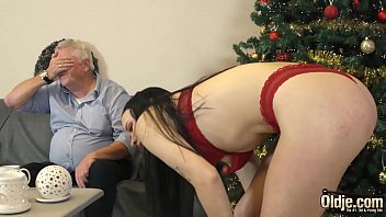 Young slut gets down and sucks cum from old man in her juicy tight pussy