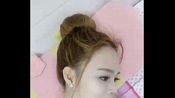 C&ocirc_ng Ch&uacute_a Banh Bướm vietnam girl show her boob 2