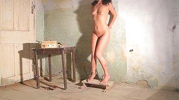 Пытки с электричеством – на цыпочках