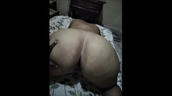 Folle a la madre de mi amiga tiene 50 años pero todavía esta buena, no se dejo grabar pero como quiera grabe unas escenas y unas fotos pero sin flash porno izle