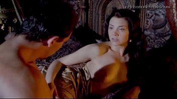 Natalie porman nude - Natalie dormer in the tudors s02e02